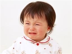 1歳〜2歳の夜泣き。添い乳が関係?その対策は?