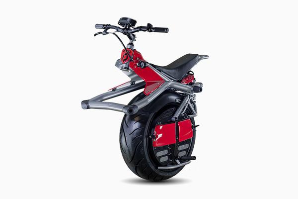 2014年4月・・とうとう一輪バイク(?)が発売される。